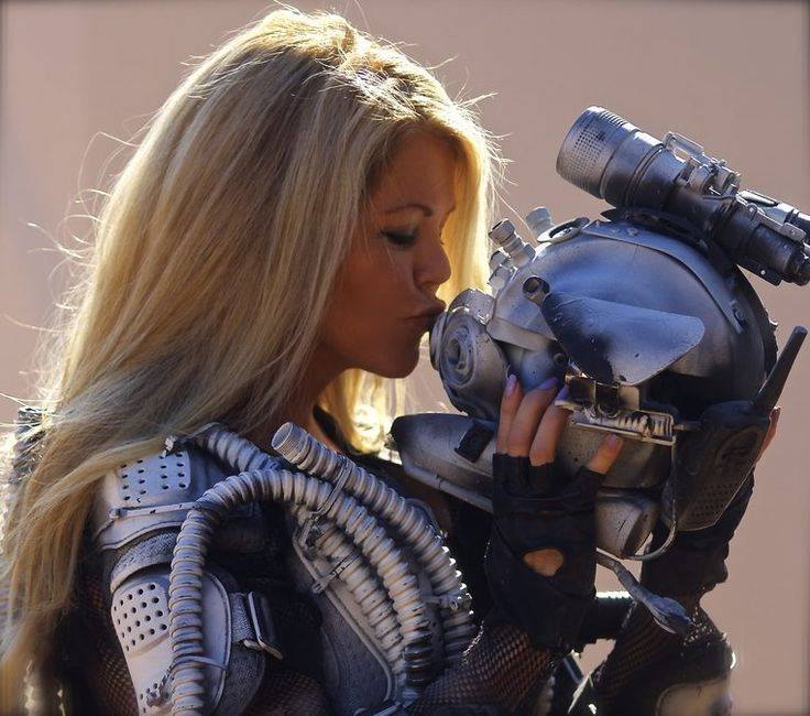 """Sony to distribute sci-fi blockbuster Rogue Warrior : Robot Fighter """"Tracey Birdsall joins the ranks of legendary sci-fi leading ladies like Linda Hamilton and Sigourney Weaver with her multi…"""