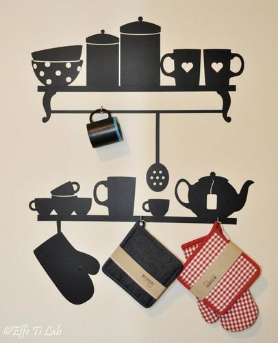 Sticker da parete appendi accessori (comprende 6 gancetti per appendere le tazze)