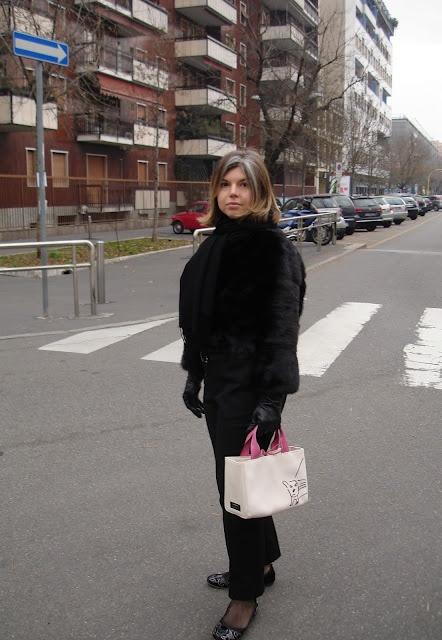 Kate Spade's pocket dog  http://www.lastanzadegliarmadi.com/2011/12/il-mio-cane-da-borsetta-my-pocket-dog.html