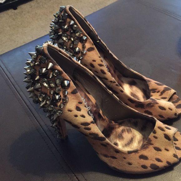 Sam Eldeman Ladies Pumps Peep toe spike Sam Elderman heel size 7 Sam Edelman Shoes Heels