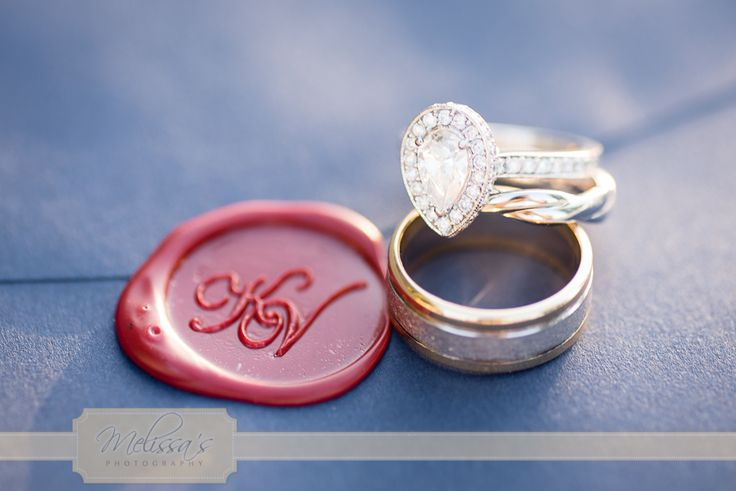 A wax seal is an extra special touch, it's too pretty to open!