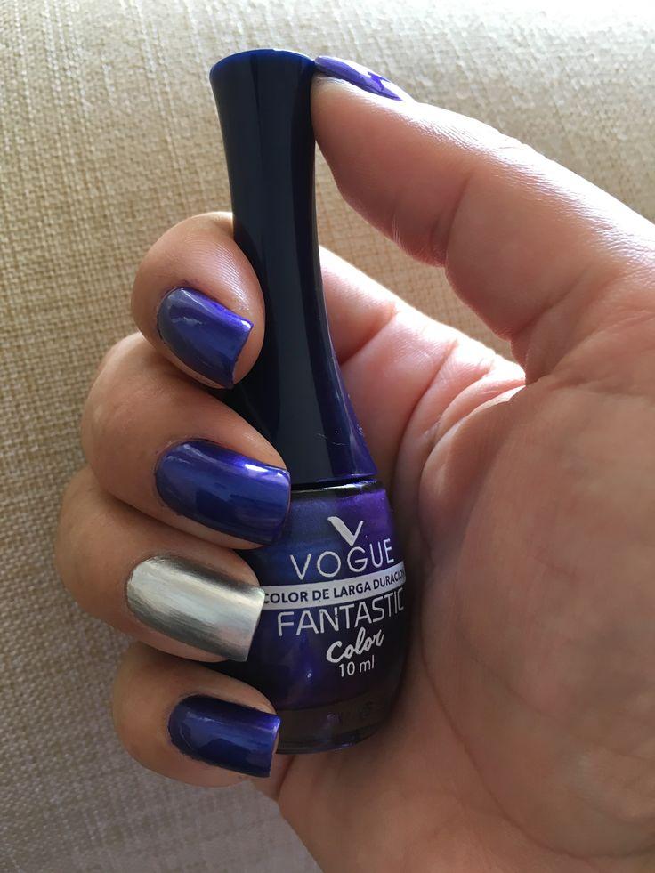 Una linda combinación de color. He utilizado Belladona 97 de Esmaltes Vogue, Colombia 🇨🇴 para el color oscuro y para el color plateado Gitana de Masglo Esmaltes.