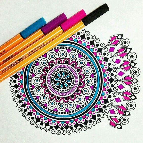 كيفية رسم مانديلا أو المندالا كما يسميها البعض تتعدى رسم المانديلا كونها طريقة سهلة ومسلية لرسم شيء رائع فهي أيضا ن Mandala Design Art Mandala Art Zen Art