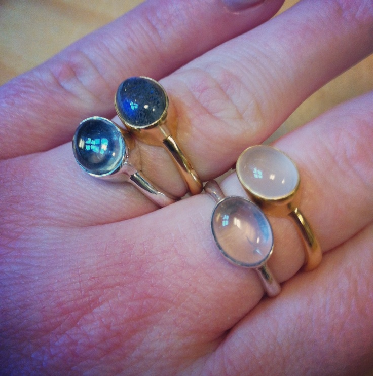 A lot of Moonstruck-rings