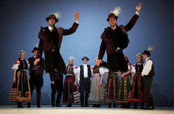 the Hungarian state folk group dancing on stage