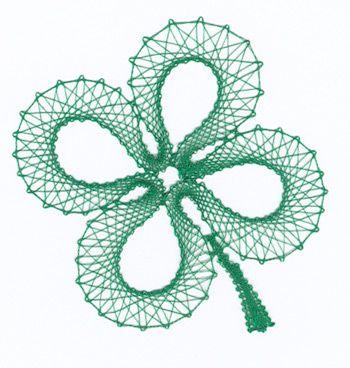 Bobbin lace clover