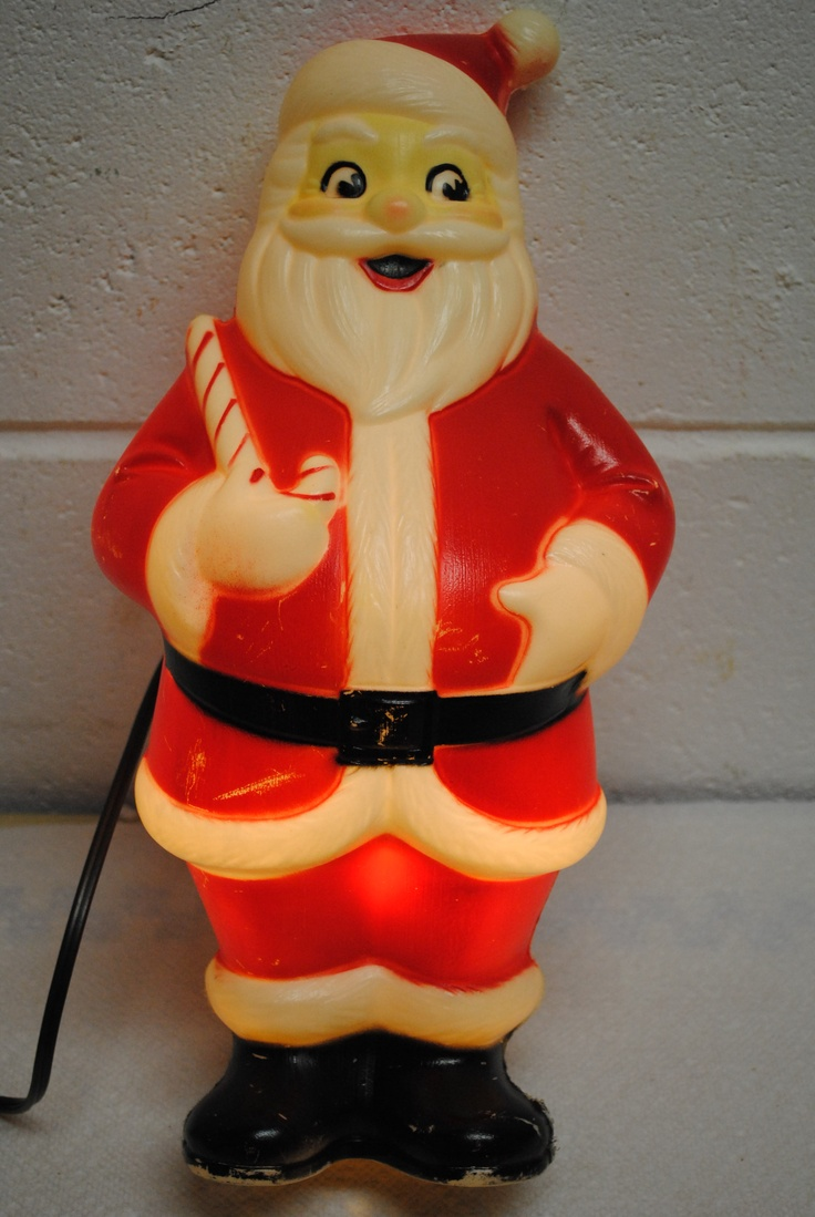 I love blowmold Christmas decorations This one