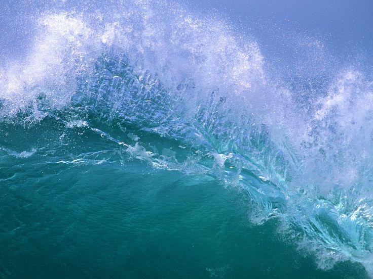 Fale - Darmowe obrazki na pulpit: http://wallpapic.pl/zycie-w-oceanie-i-morza/fale-oceanu/wallpaper-10904