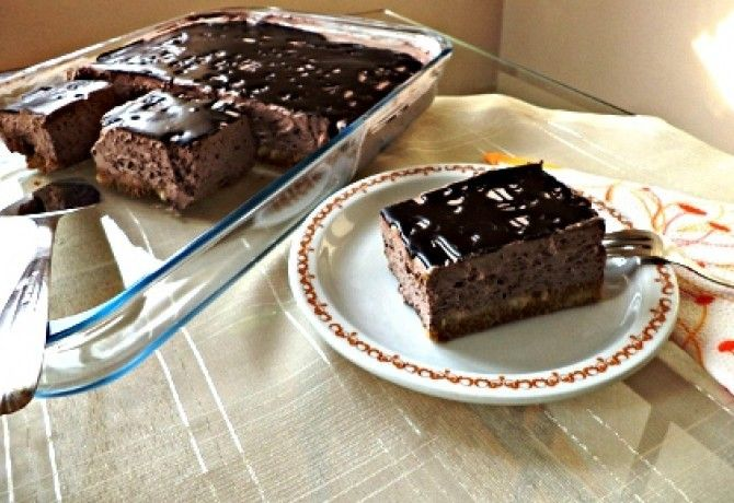 Csokihabos - sütés nélkül recept képpel. Hozzávalók és az elkészítés részletes leírása. A csokihabos - sütés nélkül elkészítési ideje: 20 perc