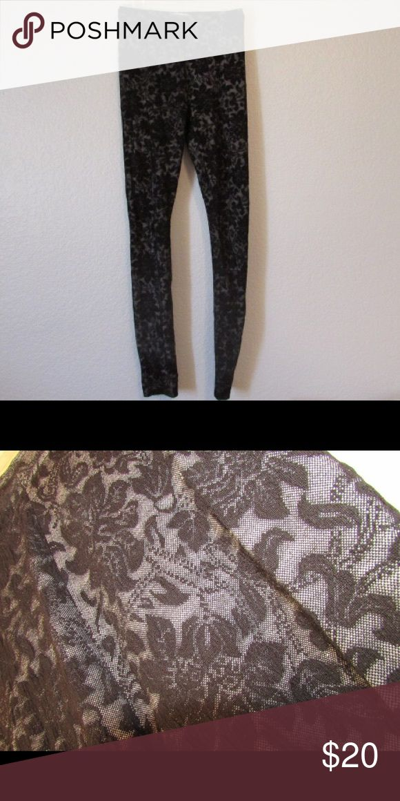 Hollister Leggings Black, lace pattern Hollister leggings. Gently worn, great condition. Hollister Pants Leggings