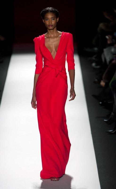 Carolina Herrera - Carolina Herrera - Nueva York - Mujer - Otoño Invierno 2013- 2014 - Pasarelas, desfiles de moda, diseñadores, videos, calendarios, fotos y backstage - Elle - ELLE.ES