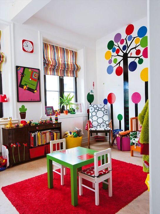 Habitacion ninos de colores con vinilos adhesivos en las - Colores habitacion nino ...