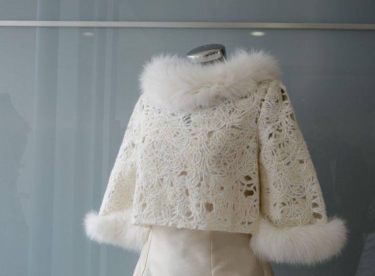 accessori-sposa-invernali www.carla.it www.carlasposa.it