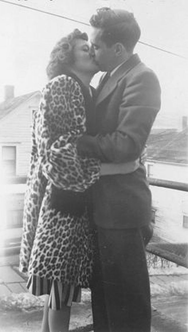 What couples wore in the 1940s.