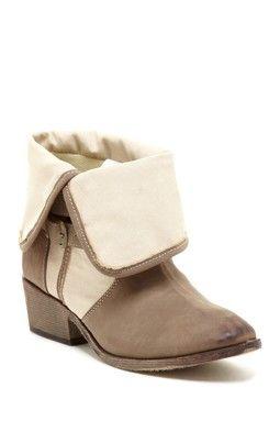 Bucco Klaudia Flap Over Boot