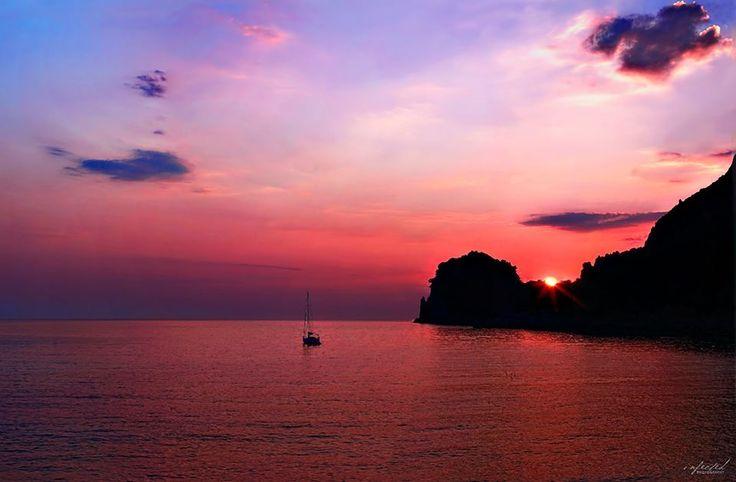 The best way to say goodbye #Friday - #Ermones, #Corfu #YachtcharterGriechenland #YachtcharterIonischesMeer