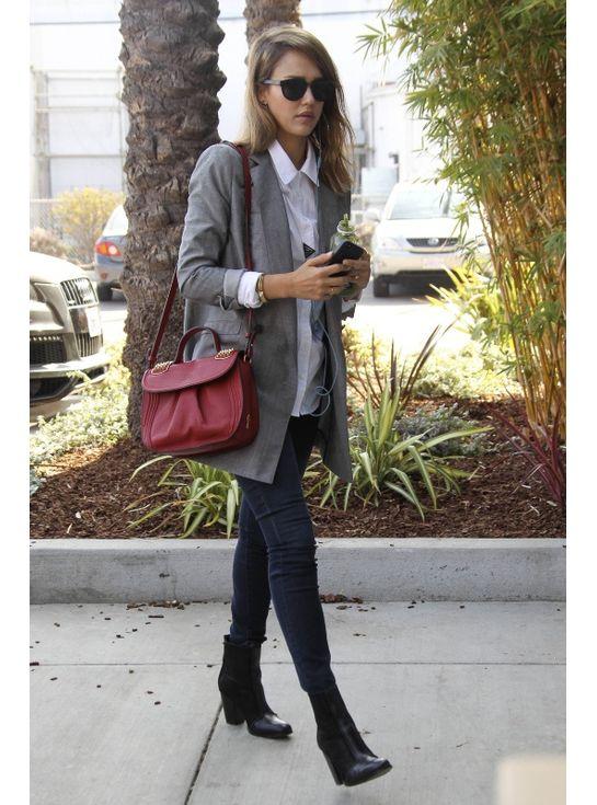 Le Look Masculin Feminin De Jessica Alba Look Mode Pinterest Tenue Tenues Et Mode Femme