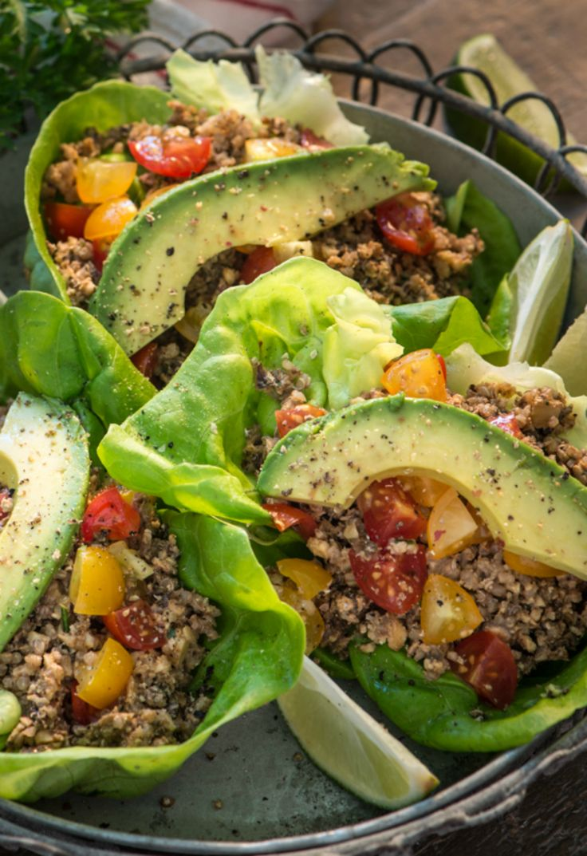 Raw Vegan Tacos: 16 Raw Vegan Recipes You're Craving Right Now via Brit