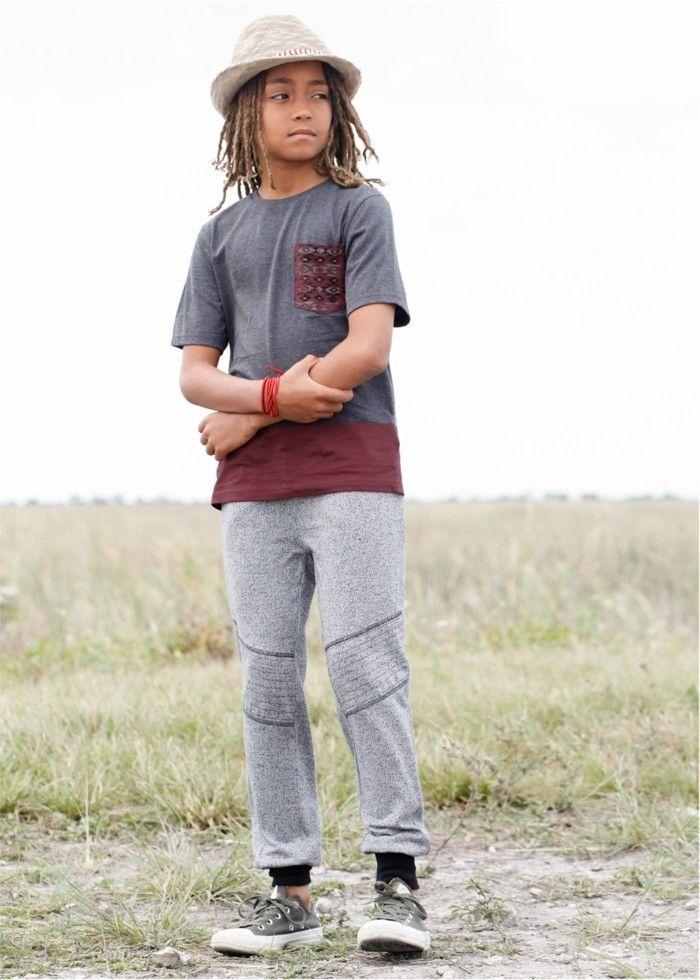 vetement de sport enfant Bonprix en gris clair pantalon randonnee