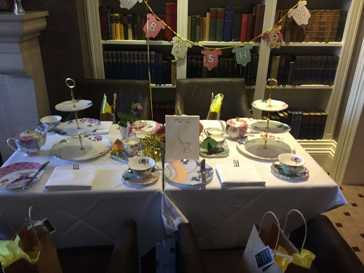 I threw my friend an afternoon tea baby shower