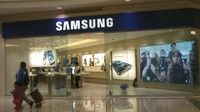 Samsung to launch retail stores in partnership with Carphone Warehouse Apple stores meet the new Samsung high street army