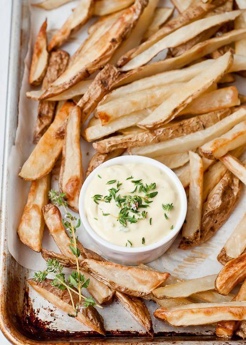 Patatas y alioli
