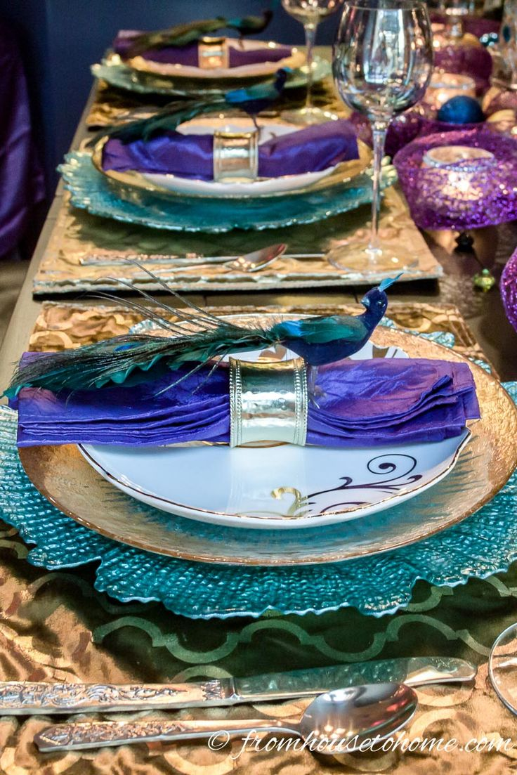 Peacock Tablescape | www.fromh2h.com