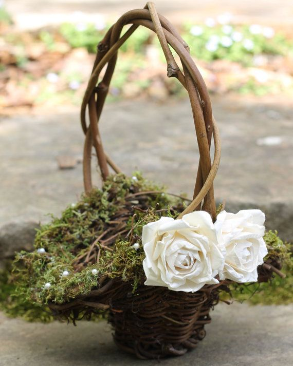 Flower Girl Basket Moss : Flower girl basket lined with moss and fresh water pearls