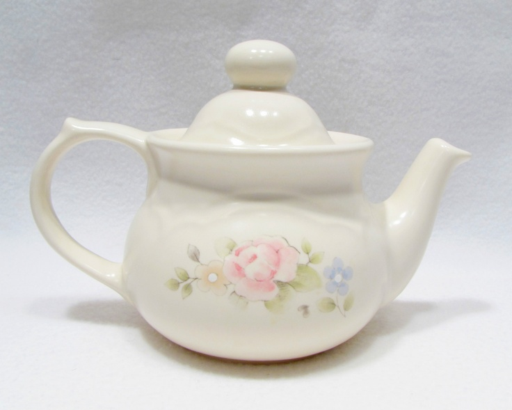 Pfaltzgraff Tea Rose Tea Pot Coffee Small Shabby Pink Flower Chic AS IS & 47 best Tea Rose China images on Pinterest | Tea roses Dinnerware ...