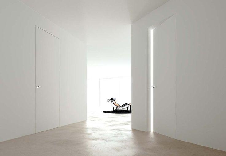 Porta interna a battente filo muro con idropittura | Linear Zero