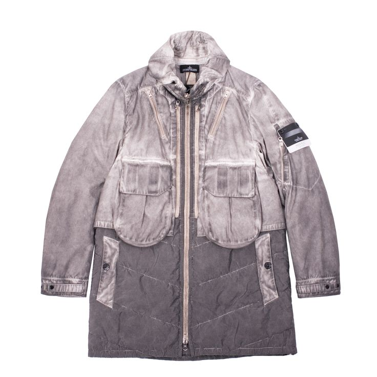 Fallout color pigment over-dyed Raso-R 3L Double Front Parka from Stone Island Shadow Project. This lovely piece features Trilobate nylon which has a unqiue metallic/iridescent look, multiple pockets, water resistance, wind proofing, plus concealed hood.