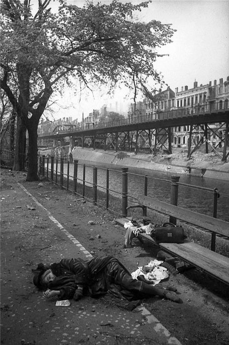 In April and May 1945, as the WWII drew to a close and American troops began to enter the city, there were approximately 5000 suicides in the city of Berlin.
