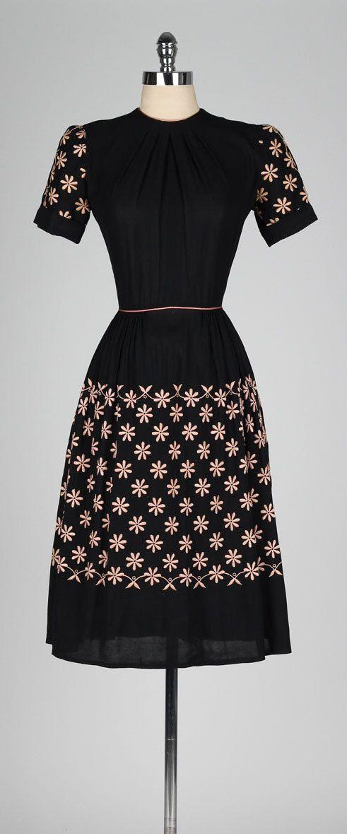 vintage 1940s black dress . DORIS DODSON . by millstreetvintage