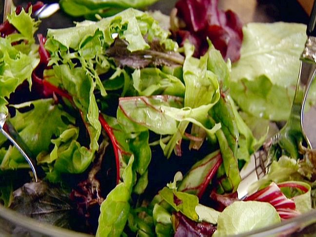 Food Network invites you to try this Vinaigrette For Green Salad recipe from Ina Garten.    Robyn makes this all the time. Kelsey loves it. It is delicious! 1/8 c. Per serving is 5 Weight Watchers points+