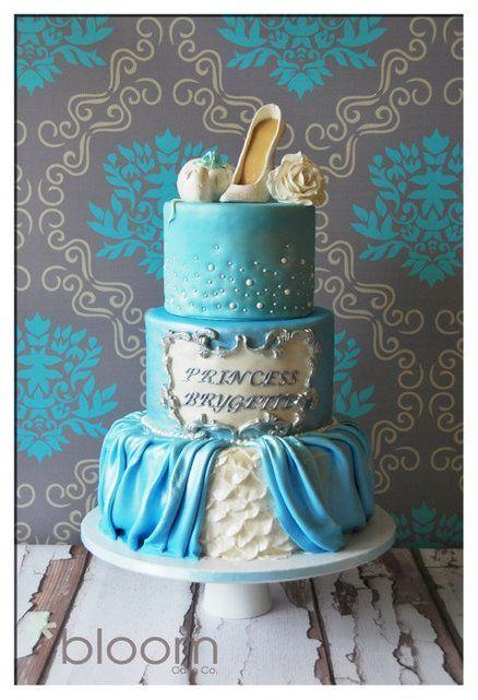 まるでおとぎ話のよう♡ディズニープリンセスモチーフのウェディングケーキまとめ*にて紹介している画像