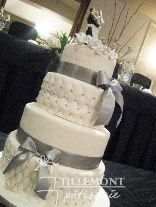 Le Roxanne Wedding Cake