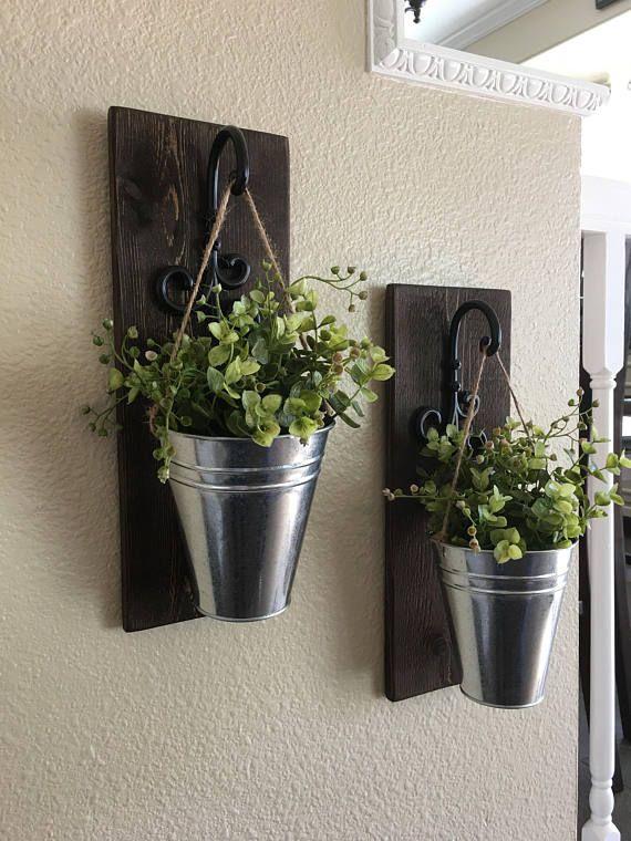 Farmhouse Style Wall Sconces : Best 25+ Wall sconces ideas on Pinterest Diy house decor, House decorations and Glow mason jars