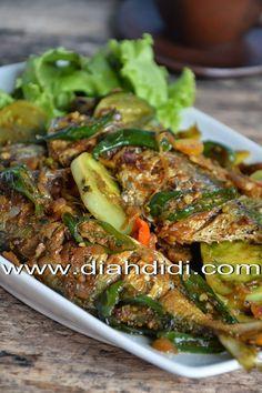 Diah Didi's Kitchen: Ikan Kembung Cabe Hijau