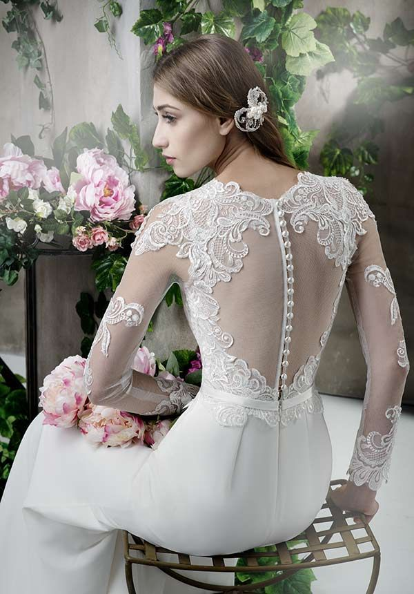 Bridal gown by GALA -