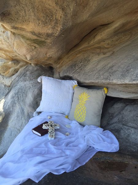 PHOTOGRAPHY… ON THE ROCKY POOL – Tropical Grace #cushion #cave #nature www.tropicalgrace.com