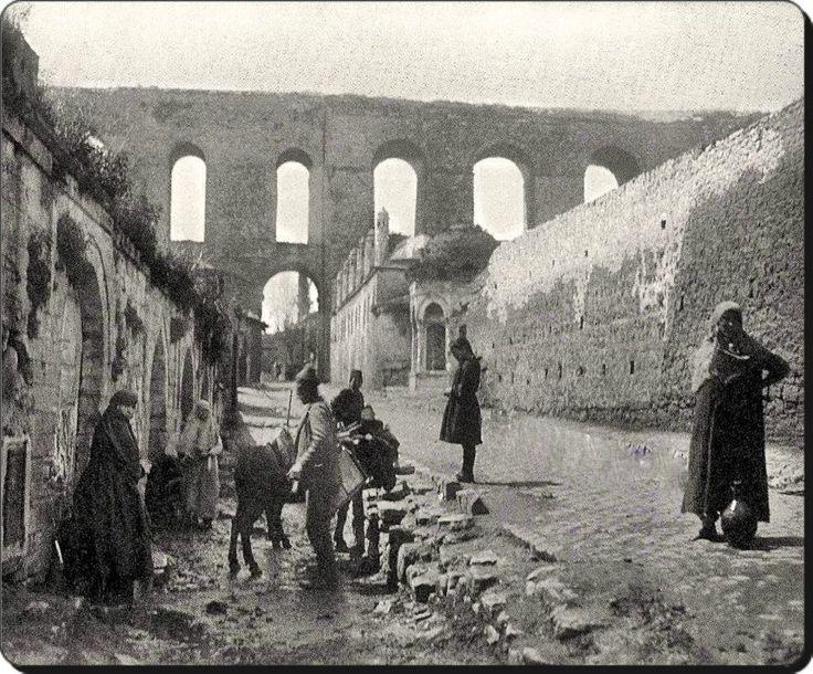 Bozdoğan kemeri ve Gazanfer Ağa medresesi ve Kırk çeşmeler - 1900'ler