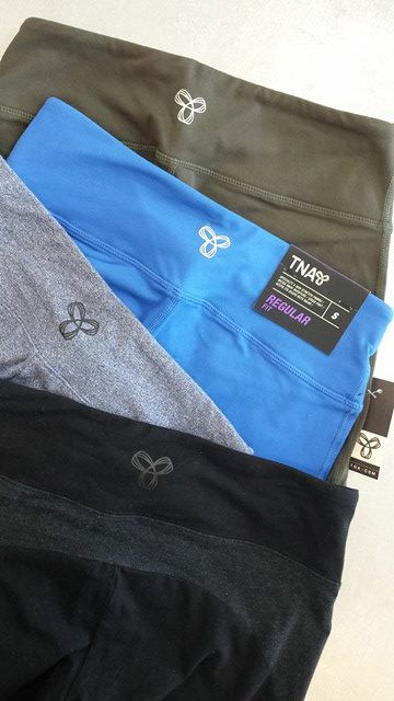 #TNA leggings should be in every girl's #LazyDay collection – Pick up these leggings at #PlatosBrampton for under $25! | www.platosclosetbrampton.com