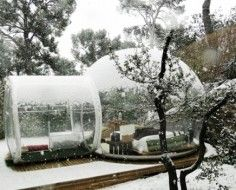 Attrap Rêves, a bubble hotel in the countryside east of Marseille, France invites guests to stay in transparent pods set in nature. The bubbles were conceived by French designer Pierre Stéphane, who wanted to give campers an eco-friendly space so they could explore without leaving a negative impact.