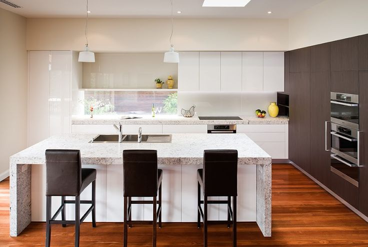 NAV Navlam Sandblasted Sable Oak by Urban Kitchens
