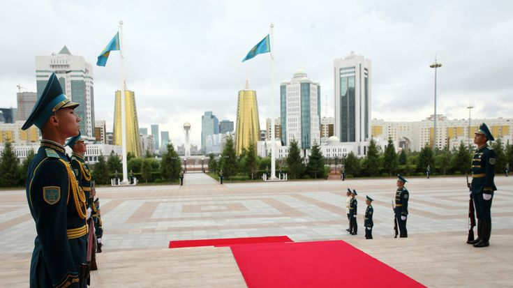 """Die Delegation der Europäischen Union wird den Verhandlungen zur Beilegung des Kriegs in Syrien in der Hauptstadt Kasachstans beiwohnen. Darüber berichtet RIA Nowosti unter Berufung auf die Beauftragte der Hohen Vertreterin der EU für Außen- und Sicherheitspolitik, Nabila Massrali. """"Ich kann bestätigen, dass die EU bei der Konferenz in Astana vertreten sein wird. Entweder durch unsere Delegation oder mindesten durch unsere Amtsperson"""", sagte sie."""