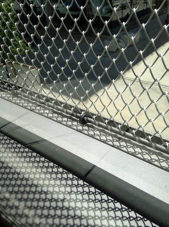 Architekturdrahtgewebe als Outdoor-Geländer