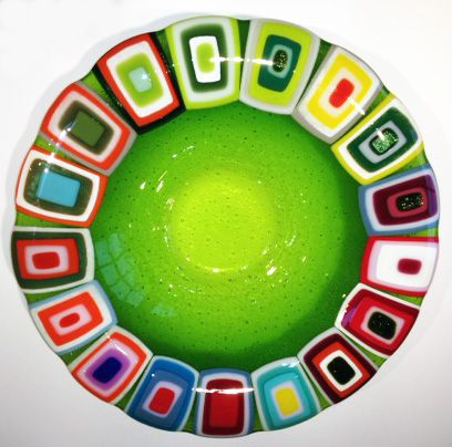 Glass bowl: Green. 40 cm in diameter. By the danish designer and artist Louise Lagoni.
