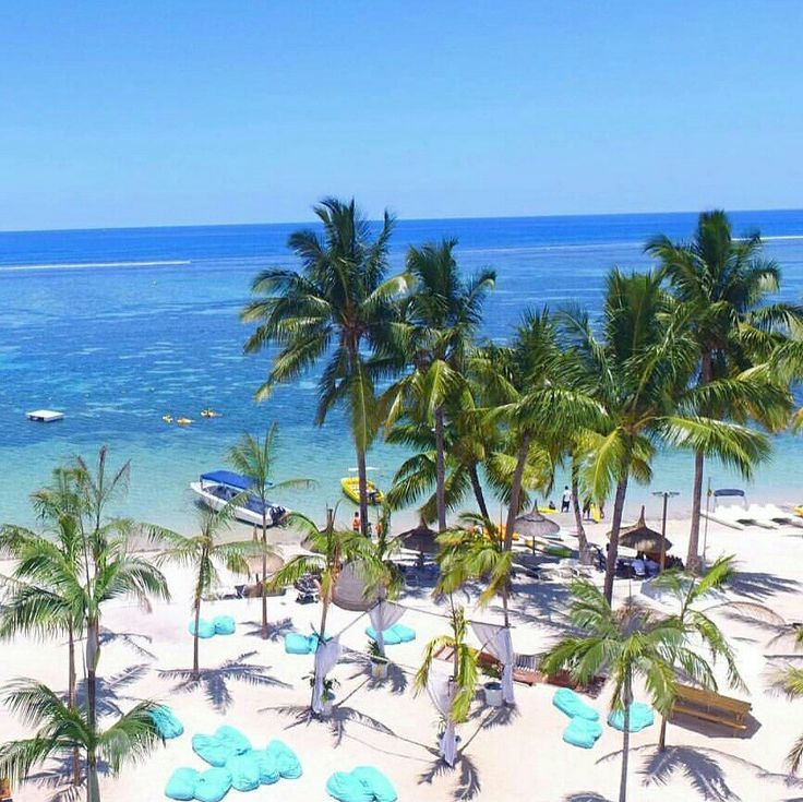 Beauty & The Beach.... That beach though... A haven for honeymooners, couples and families looking to spend some quality time together a luxury hotel 5 star hotel in Mauritius.