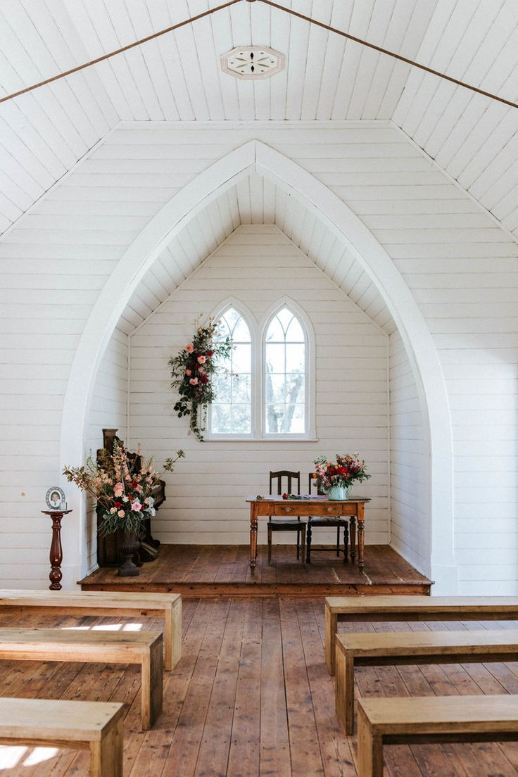 The Little Church in Springhill, Victoria, photographed by Marnie Hawson Weddings. See more from this wedding here: https://www.marniehawsonweddings.com.au/stories/#/lucie-chris/