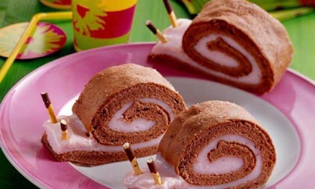 Biskuit-Puddingschnecken